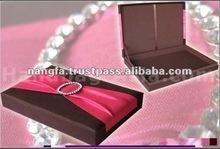 Thailand Elegant Design Wedding Invitation Silk Box