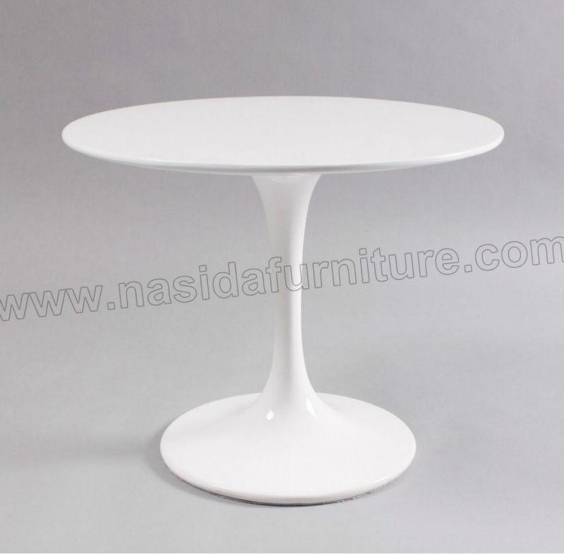 Saarinen Tulip Coffee Table Saarinen Tulip Side Table