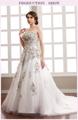 الكلاسيكية حمالة اليدوية زهرة والكريستال نمط ثوب الزفاف رخيصة على الانترنت بيع فساتين الزفاف الأورجانزا الأبيض والذهب 2015