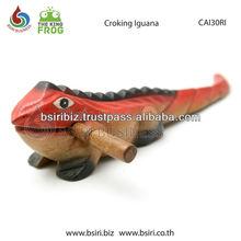 Wooden Croking Iguana