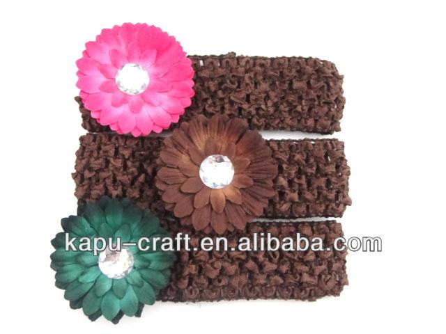 butik kahverengi bebek tığ saç bandı papatya çiçeği