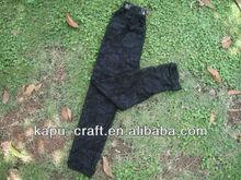 Negro suave del niño del bebé del cordón del bebé de las polainas