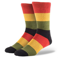 Christmas Stocking Popular Brand Style Red and Black Men Stripe Crew Socks for Sport Wear