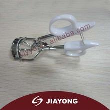 White eyelash curler MZ-570