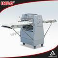 Comercial elétrica rolo de massa/fermento de pão de massa circulante máquina/pastelaria massa rolo