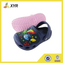 Popular EVA injection holey shoes clogs light and comforatable eva clogs 2014