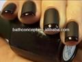 Esmalte de uñas negro mate con etiqueta privada