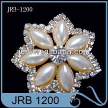 Shinning flower shape crystal rhinestone button for invitation