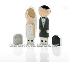 Bride and groom wedding favors usb flash drive