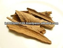Indian spices/cumin seed/cinnamon bark and cloves seeds