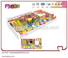 Parque infantil macio atividade para escola infantil