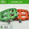 colorato della bicicletta pedali della bicicletta pezzi di ricambio