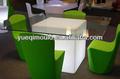 Rotomoldeo plástico sillas y mesa cuadrada con la luz llevada