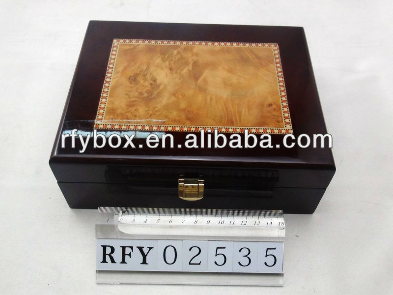 Wooden Watch Display Box Wooden Watch Display Box Hot