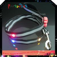 black nylon auto dog leash lock