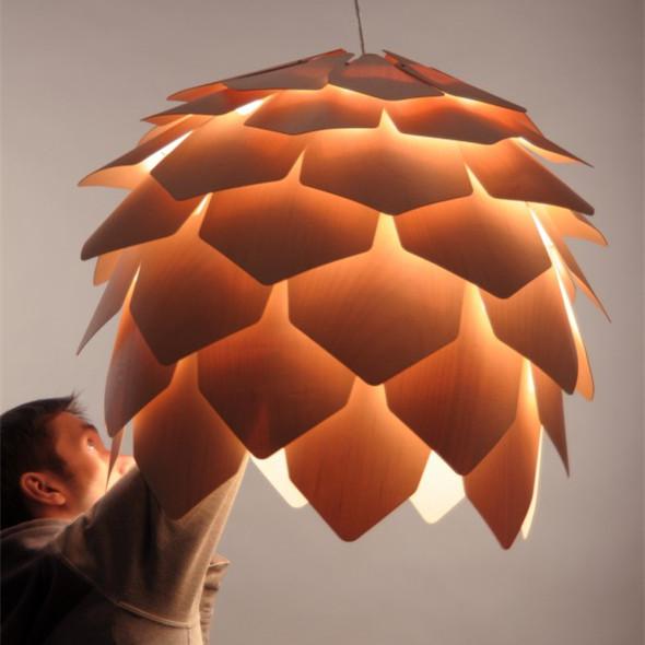 Lampe design de crim e pomme de pin moderne lustre en bois for Lampe pomme de pin