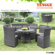 cking size ircle dining chairs and table
