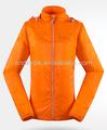 moda 2014 resistente a uv de la luz a prueba de agua y la chaqueta a prueba de viento