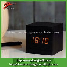 2014 Decorative Wooden Led Alarm Cube Clock