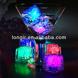 Christmas party decorations reusable food grade rainbow led Light up ice cube for drink