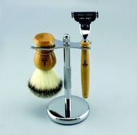 Three color nylon hair shaving brush,triple blade razor shaving set