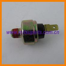 Engine Oil Pressure Switch For Mitsubishi Outlander Space Wagon Pajero CU2W CU4W CU5W V32 V43 N34 6G72 6G74 4D56 MD138993