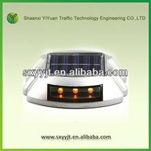 IP68 led cat eye easy road stud aluminium reflective road stud solar flasher