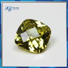 acquirenti di semi preziose stones12mm piazza noccioli di olive scacchiera di oliva giallo cz gemma