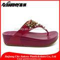 chegada nova baratos moda elegante luz pu senhoras flip flop sandália estilo com qualidade durável para atacado
