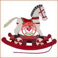de madeira do cavalo de balanço de brinquedo