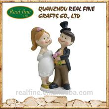 Hot sale resin gift wedding figurines