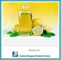puro e natural do óleo de limão