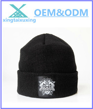 100% acrylic custom knitted man hat