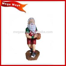 Resin santa playing basketball figure for table decoration