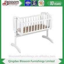 UK Style baby bed swinging crib