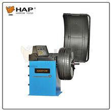 Manual electronic wheel balancer