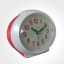 High Quality Analogue Talking Alarm Clock with time and date announcement