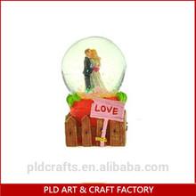 2014 Popular Sale Lover Style Wedding Snow Globe Wholesales