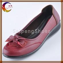 Good quality women shiny flat shoes