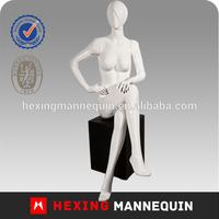 Cheap cheap cheap sitting female mannequin