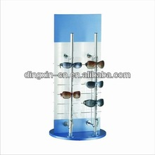 2012 fashion lockable acrylic sunglasses display stand