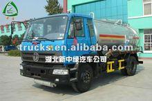 2500 gallon vacuum sewage sucking truck