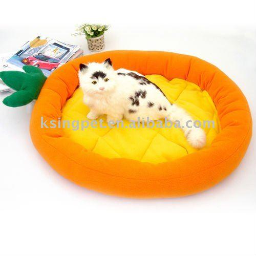 Tutti frutti cat bed