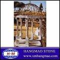 colonna di pietra gazebo esterno