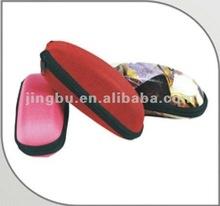 2012 hot selling customize soft EVA sunglasses case