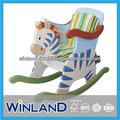 los niños de madera de cebra diseño caballo de oscilación con la seguridad de sonido envolvente en el asiento