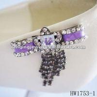 2012 fashion pink shoe clips