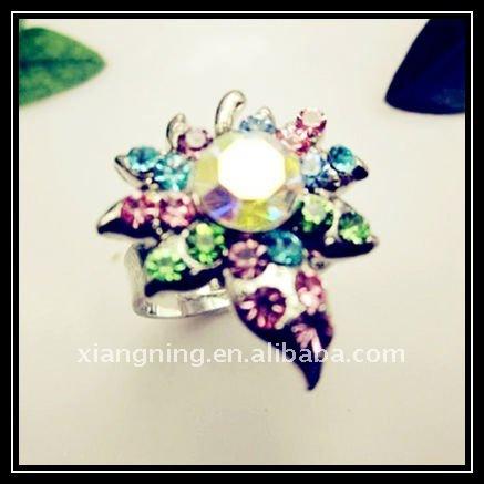 2011 women fashion crystal wedding rings