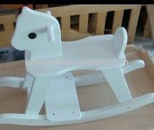 giocattoli per bambini in legno curvato