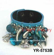 Green leather wristband bangle